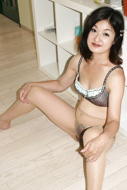 40Y__Older Divorced Asian Bj Mom Enjoy Anal Sex  Email Me-- Amy694511@gmail.com