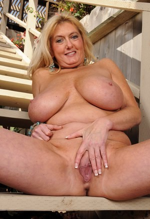 ❤️❤️❤️Cubby MoM🔥 is waiting for •.FUCK• Boys❤️❤️❤️❤️