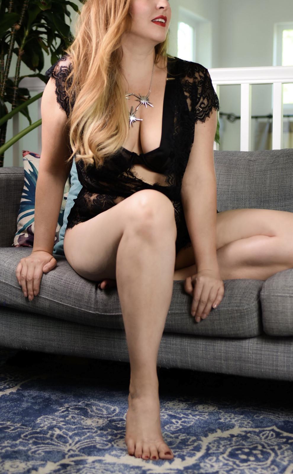 Caucasian. Upscale. Real photos. Real reviews. Sex lessons ;) in Santa Clara