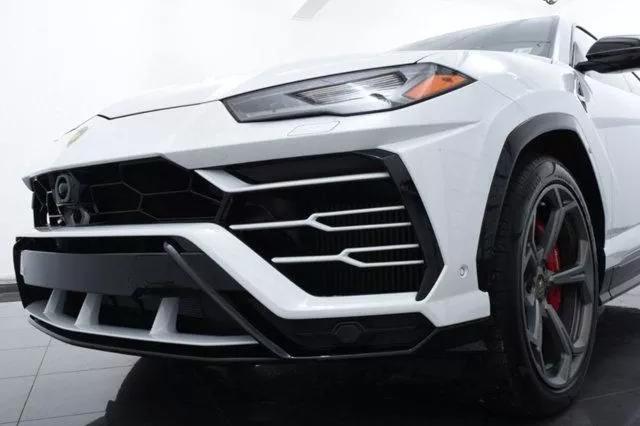 2019 Lamborghini Urus Base