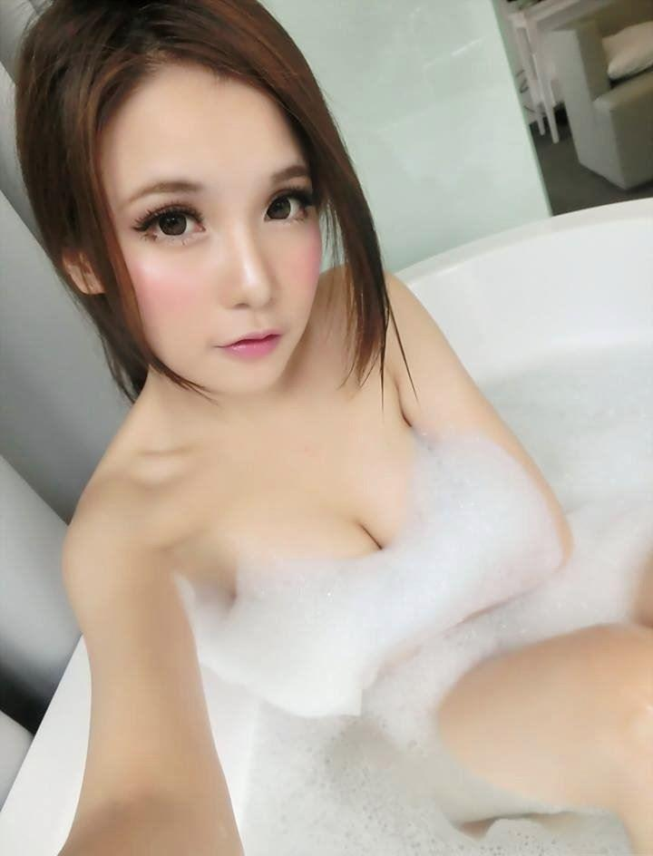 Sexy elegant 22 years old girl who you ve been waiting to play with Bubbly Outgoing and always
