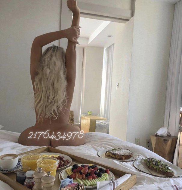 Sweet-Exotic-Sarah