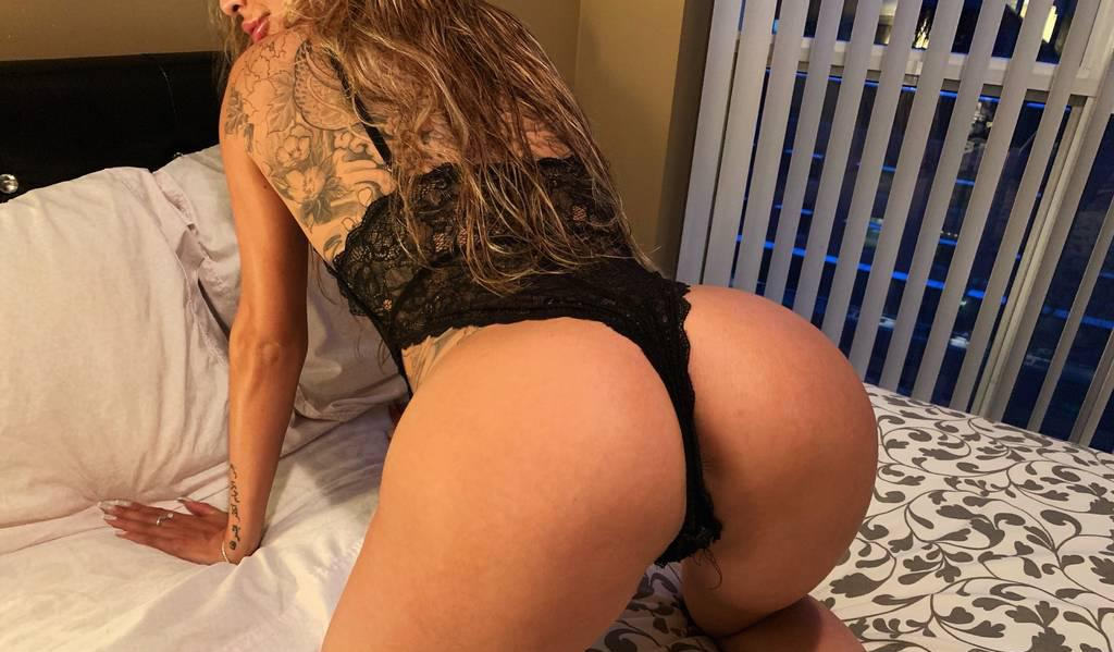 Petite Russian Model / DOWNTOWN IN Or OUT! DUO AVAIL