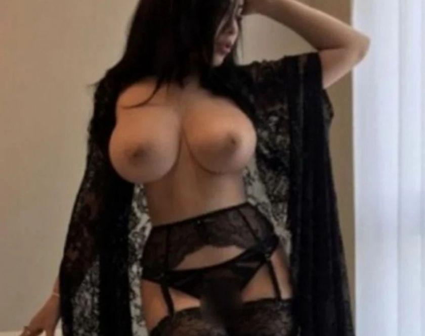 CARINA 100 REAL PHOTO SWEET BRUNETTE