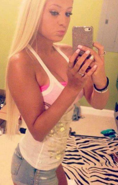 Hot blonde ready for fun incalls & Outcalls available 24/7