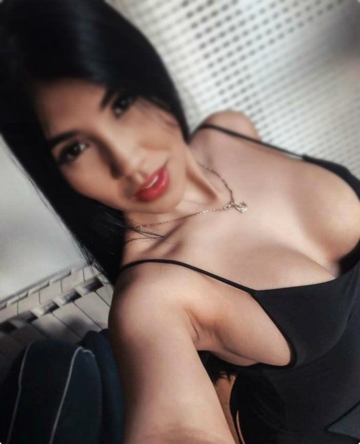 24 hours ALL EXTRA QUEEN The best medicine of lonely life Sexy ElaineNew to Town