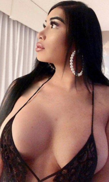✨Let me be your secret ✨one of a kind EXOTIC ♥️TRANSEXUAL ♥️8Inch FF