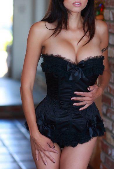 3 BEAUTIFUL GIRL LENA LATINO EROTIC MASSAGE
