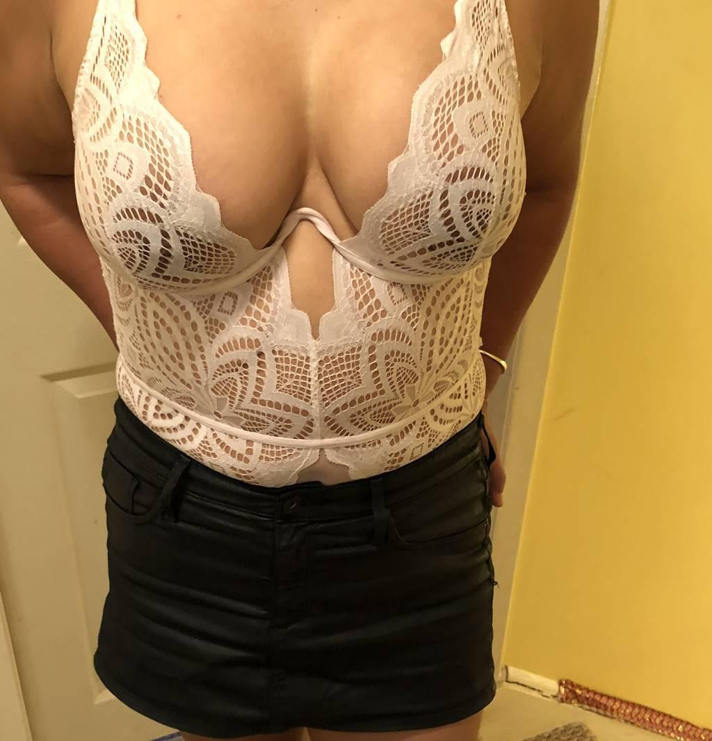 REAL Sexy Busty 36DD Asian Killer Body Open Minded