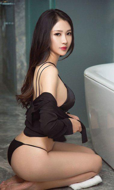 New sexy hot young Asian girl outcall to anywhere