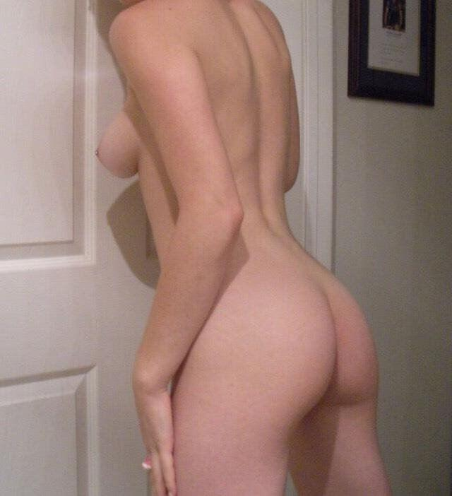 0435 750 560 2 ladies for In and Out call Full service & massage from $ 80 Elegant nude big b