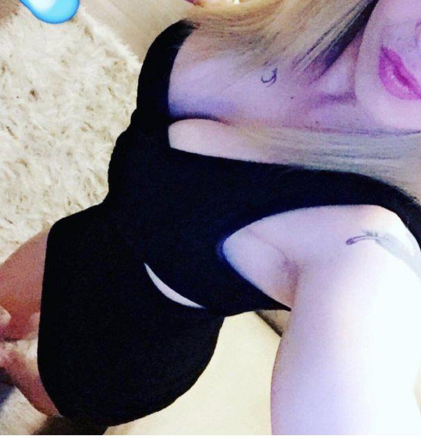 Busty Blonde Freak❤️ tattoos CANT lie❤️ Don't miss out❤️ Love to Party