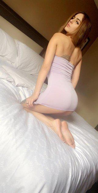 I'm here to fulfill your fantasies. Beautiful Sexy! Your Desire is me