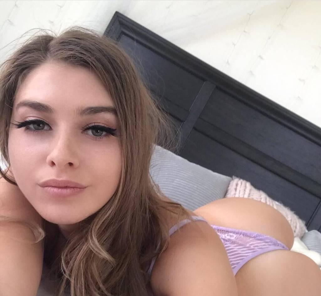 French ADORE Anal gfe at my home 401 corner 404