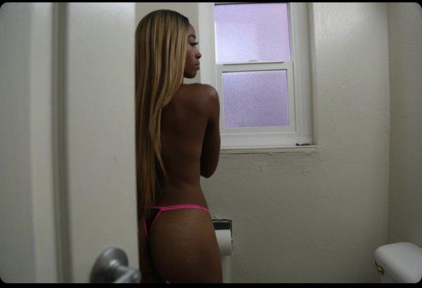ALL NATURAL MIXED FREAK SPECIALS Incall & outcall