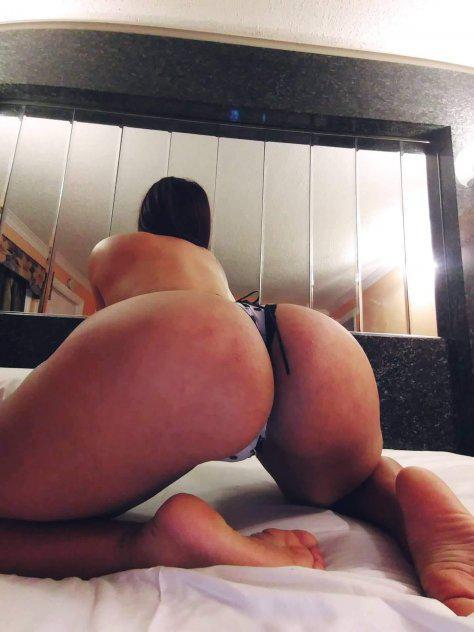 am natalia curvy sexy colombian girl 100%real culo grande