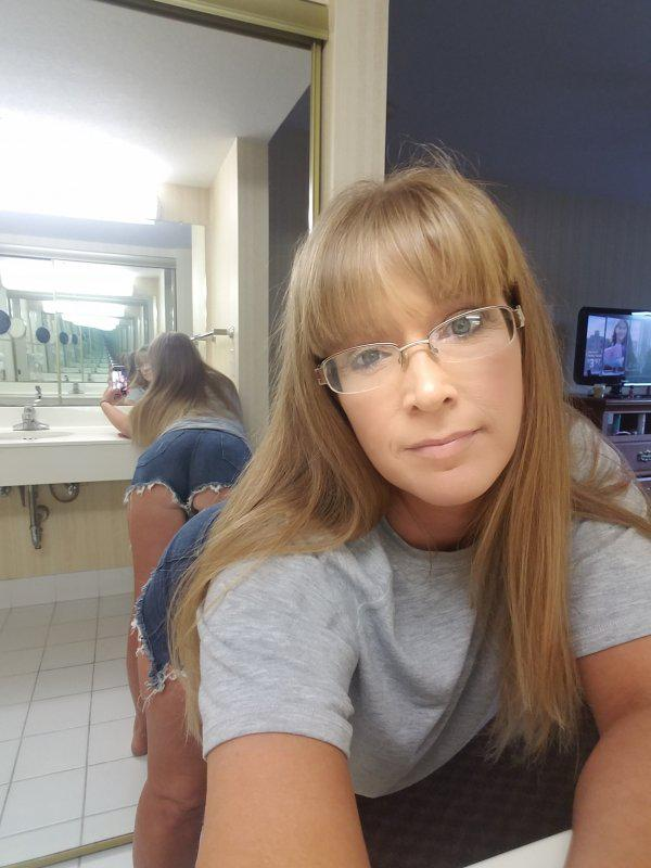 ❌❤❌ SWEET AND NAUGHTY ❌❤❌ SEXY HOT MILF❌❤❌ THURSDAY SPECIALS