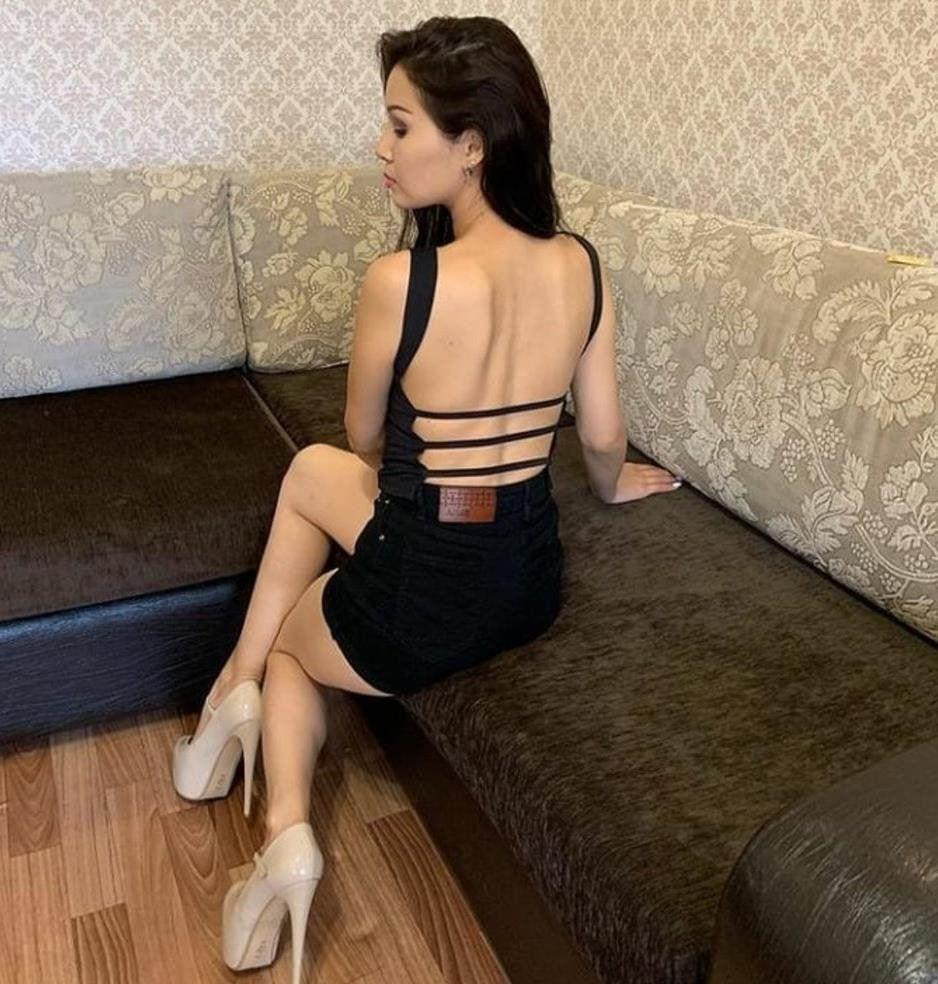 Well educated Stunning Sexy Tracy enjoy party