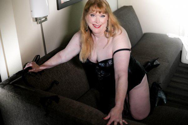 Mature Wild Passionate Anita - meet this wild tigress - Incall