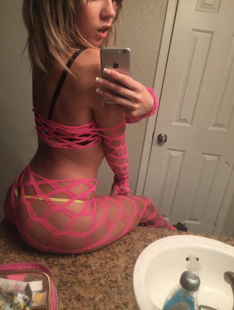 BEAUTIFUL SEXY ✨ TALENTED