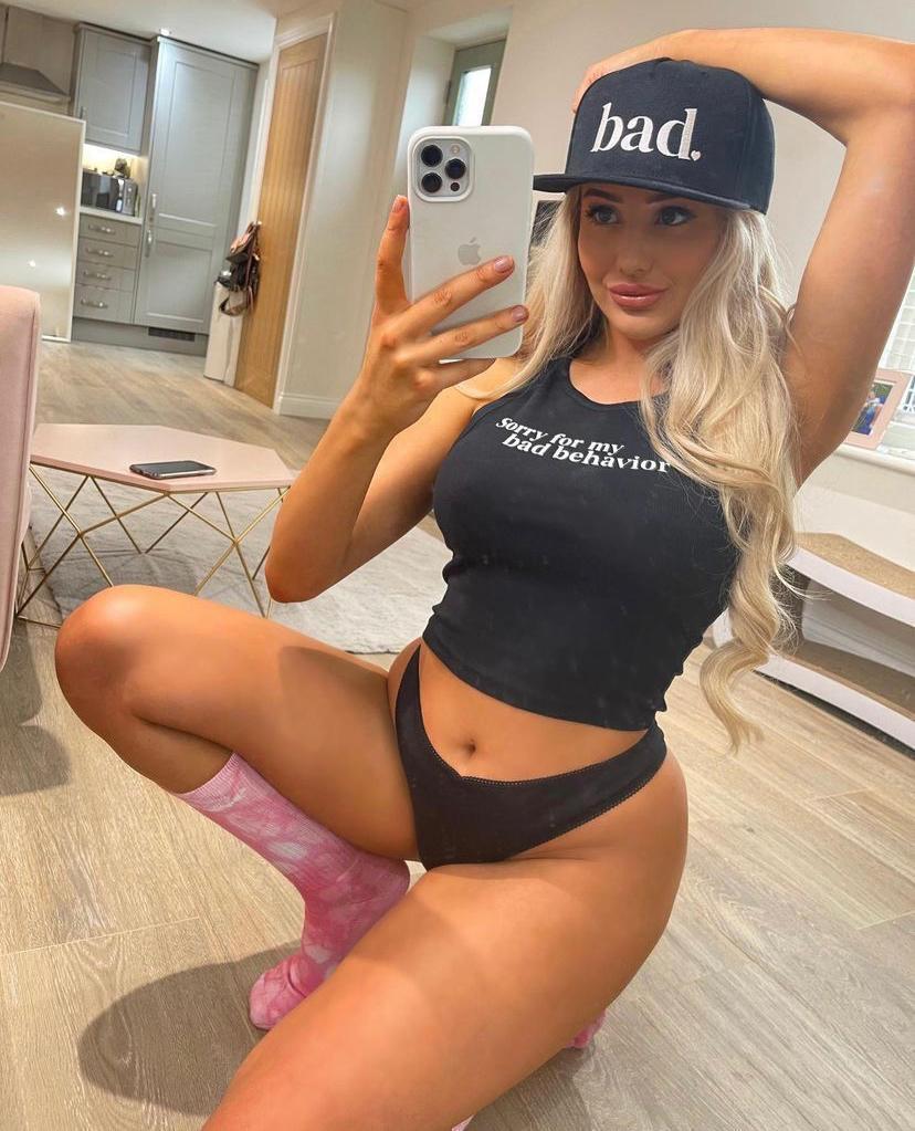 I'm Katrina femaleEscort Available for hookup 👅🍑🍆Sc👻 Katrinab7217