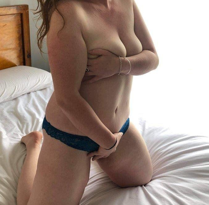 Nice girl turned bad and ready to be your Sex Kitten Busty Brunette Hartley