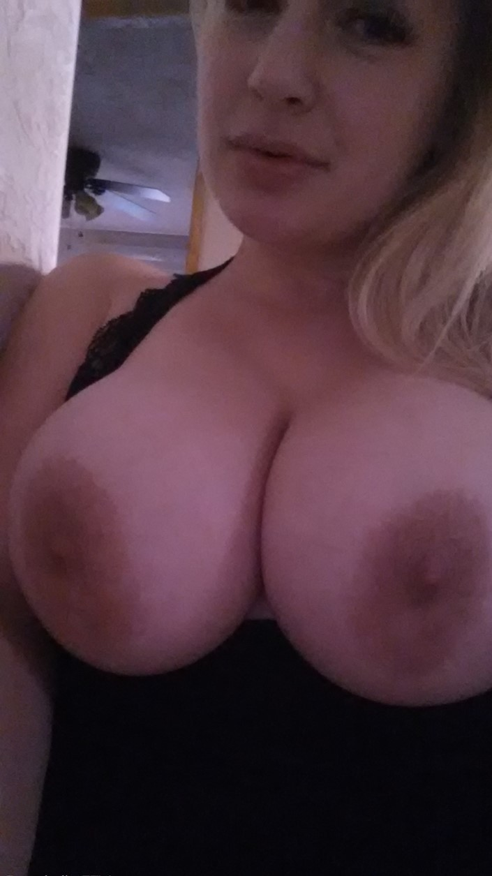💞🌷💞 36 Years Discreet Divorced Bored older Mom 💞🌷💞