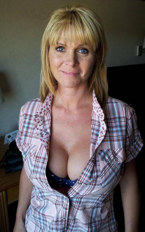 ╲\ | /╱FIFTY TWO~YEARS╲\ | /╱ Divorced╲\ | /╱ older woman╲\ | /╱pussyy╲\ | /╱