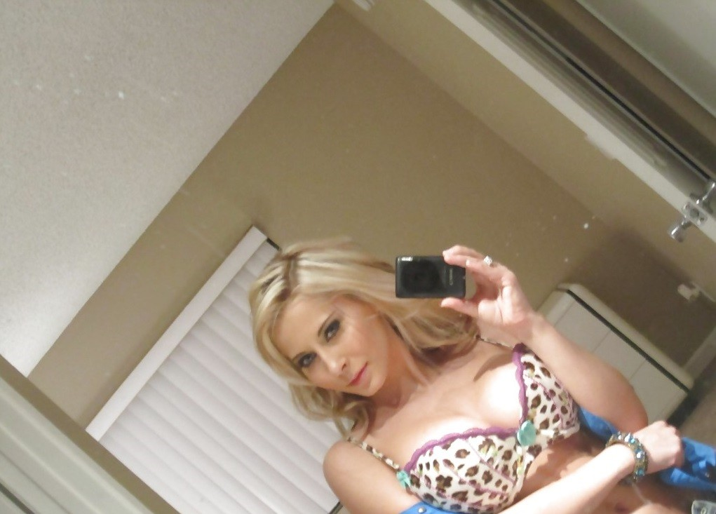📱💋💋 My Tight Pussy waiting for your BIG disk 💋💋 📱☎☎