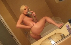 🎇👙🎆Young Sexy Girl Looking💋For  Have Some Bed Fun💋 Incall or Outcall🎇👙 🎆