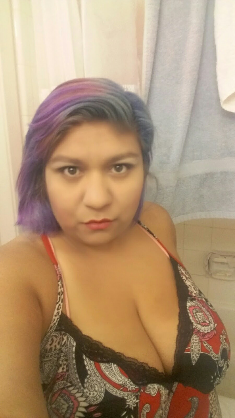 Hispanic Honey ready to pamper you.... Good girl with very naughty habits...