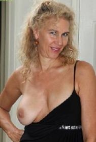 💞 💦💦 56y/o EAT ME OUT 💦💦💞