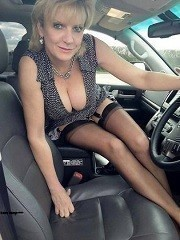 ┃]married sexy mom car fun••[ ┃