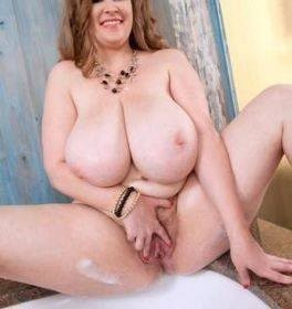 """❤️✨❤️35 Years older""""Divorced bored mom""""Come fuck me totally free! ❤️✨❤️"""