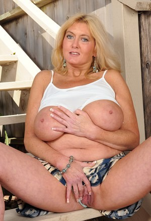 👩💋❤💋👨 36year Divorced Mom.....Come Play Right now 💋❤💋 Totally free 👩💋❤